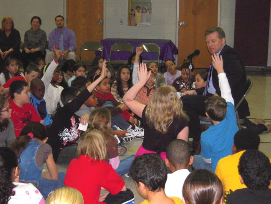 Congressman Charlie Dent takes questions from an enthusiastic group of 4th graders.