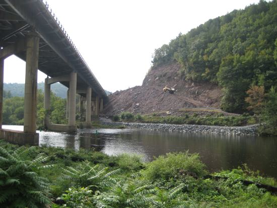 Work on the PA Turnprike bridge in Parryville continues.