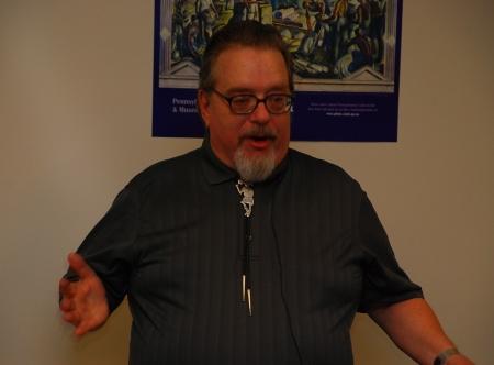 Roger Kingston addresses a packed house. (Courtesy of Dana Grubb)